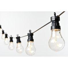 Ljusslinga Sken med 10 varmvita LED, 45 cm mellan lamporna. Längd: 4 meter,  anslutningssladd 3 meter. Finns i färgerna, röd, vit och s...