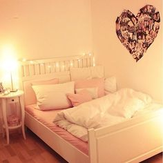 aaahh this is perfect this is exactly how i'll do my room