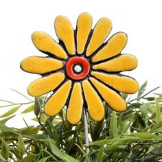 Ceramic flower garden art - daisy - gvega