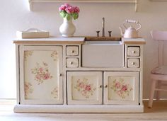 RESERVED Beautiful 1:12 Scale Shabby Chic Cottage Style Kitchen Sink. $70.44 £45.00