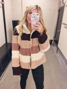 coats jackets fallfashion style Teddy Bear Coats Teddy Bear Coats for the Winter Fall Fashion Outfits, Fall Fashion Trends, Womens Fashion, Autumn Outfits, Fashion Bloggers, Lunchpails And Lipstick, Haute Couture Fashion, Vogue Fashion, Petite Fashion