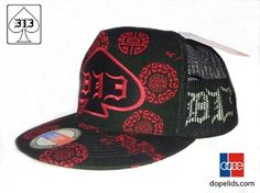 """D13 """"The Leopard"""" features sick leopard print on a flat bill and D13 branding on the sides, all on a high quality dopelids hat!  -Hoodlicious!"""
