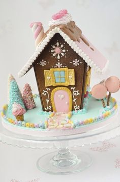 It's time for some Christams Baking - here are some creative Gingerbread House ideas. Be inspired by everything from gingerbread cookies to villages. Gingerbread House Parties, Christmas Gingerbread House, Christmas Sweets, Noel Christmas, Christmas Goodies, Christmas Baking, Gingerbread Cookies, Christmas Decorations, Xmas