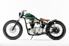 Matchless 3GLS Bobber by Rock Solid Motorcycles #bobber #motorcycles #motos | caferacerpasion.com
