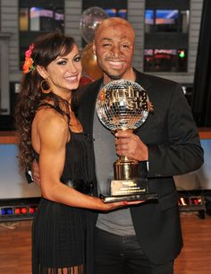 """Karina Smirnoff Photo - Cast Of """"Dancing With The Stars"""" Visits ABC's """"Good Morning America"""" with JR"""