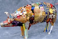 recycled art projects | This pig ! I WANNTTT!!