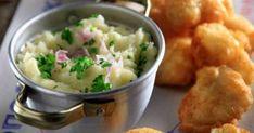 "Greek potato garlic dip - Skordalia by Greek chef Akis Petretzikis. An authentic Greek recipe for a traditional Greek potato garlic mash called ""Skordalia""! Tofu Recipes, Greek Recipes, Light Recipes, Cooking Recipes, Cooking Videos, Garlic Dip, Garlic Mash, My Favorite Food, Bon Appetit"