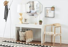 Simply-chic details, and natural hues are the secrets to scoring a Scandinavian entryway.https://www.allmodern.com/deals-and-design-ideas/Scandinavian-Entryway~E25046.html?refid=SBP.rBAZEVQeRtkKCSuUIPbfAqotpv6dg0igmaTXDAnxit8