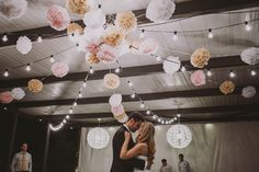 Pompons wedding decoration, we can make them for you!