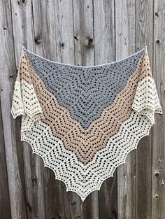 Saffron (Our Mrs. Reynolds) Shawl ~ free pattern