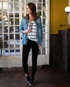 Live In Leggings {Grace and Lace} Casual Leggings Outfit, Legging Outfits, Jean Jacket Outfits, Black Jeans Outfit, Lace Outfit, Dresses With Leggings, Leggings Fashion, Outfit Ideas With Leggings, Summer Leggings Outfits