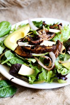 Green_Salad_Marinated_Portabella_Steaks_Fried_Onion_Recipe_007