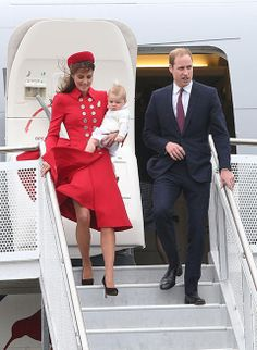 Prince William, Duchess Kate and Prince George arrive in Wellington, New Zealand ahead of Royal Tour - 7 April 2014