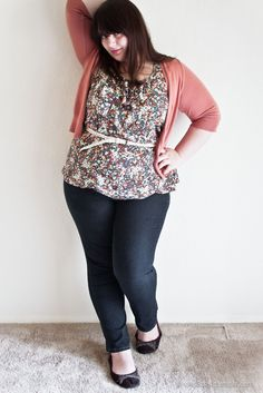 I need some flattering jeans - for real. These are cute.     Ruffle Tank: JC Penney 1X  Cardigan: Target XXL   Jeans: Avenue sz. 18  Flats: Avenue sz. 11w   Braided Belt: Target XXL