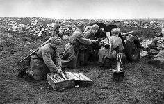 Des artilleurs soviétiques