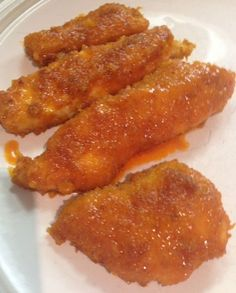 Buffalo Chicken Strips Zero Carbs:   =============Dip chicken  in egg wash, dip in finely ground pork skins mixed with spices, place on oiled cookie sheet, bake at 400 for 12 minutes then flip for another 10 minutes. Dress with equal parts Frank's Hot Sauce and butter.