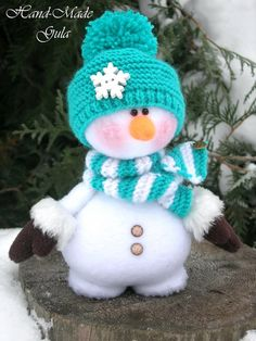 Елена's 381 media content and analytics - Her Crochet Christmas Makes, Christmas Snowman, Christmas Crafts, Felt Christmas, Snowman Party, Sock Snowman, Snowmen, Christmas Preparation, Handmade Christmas Decorations