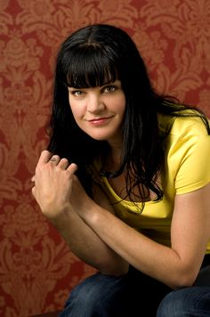 Yes your looking at abby Ncis Ncis Abby, Ncis New, Louisiana, Pauley Perrette Ncis, Pauley Perette, New Orleans, Ncis Characters, Kirsten Vangsness, Abby Sciuto