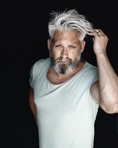Model Swede grey hair beard man male manly fit over 40 grey silverfox silver posing photography portrait beardgang grey hair men beardman hairstyle Calle Artmark Silver Hair Men, Grey Hair Men, Older Mens Hairstyles, Haircuts For Men, Beard Styles For Men, Hair And Beard Styles, Mens Hair With Beard, Beard Images, Grey Beards