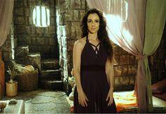Raabe (Mirian Freeland) A Terra prometida novela, acessórios e figurino. Brazilian soap opera