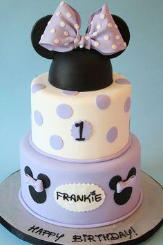 48 Bolo Da Minnie Mouse, Minnie Mouse Cake Topper, Bolo Mickey, Minnie Mouse 1st Birthday, Minnie Cake, Mickey Cakes, Minnie Mouse Party, 1st Birthday Girls, Mouse Parties