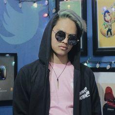 Sasuke Uchiha, Lock Screen Wallpaper, Pilot, Sunglasses Women, 1, Minecraft, Youtube, Gaming, Photos