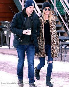 Celebrity Style   海外セレブ最新ファッション情報 : 【ニッキー・ヒルトン】アニマル柄コートをカジュアルに着こなして大富豪の旦那さんとお出かけ!