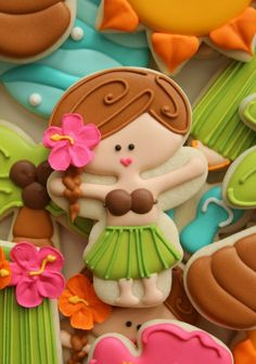"It's time for another ""Cookie Quickie,"" the same tutorials you're used to, without all the photos. Today's theme is luau, featuring decorated hula girl cookies. Like many of my cookies, this sweet hula dancer began Summer Cookies, Fancy Cookies, Iced Cookies, Cute Cookies, Royal Icing Cookies, Cookies Et Biscuits, Cupcake Cookies, Cookie Favors, Flower Cookies"