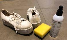 UTSTYR: Eier du hvite sneakers, bør du også ha egnet utstyr stående slik at du kan vedlikeholde fargen på dem. Foto: Linn Merete Rognø. Sneakers, Fashion, Tennis, Moda, Fashion Styles, Sneaker, Fashion Illustrations, Fashion Models, Women's Sneakers