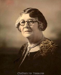 Hand Tinted Photo of Older Woman w Peal Necklace and Glasses Looks Like Teacher | eBay