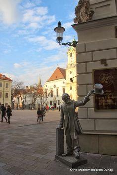 Hlavné námestie – Na krásnom modrom Dunaji Bratislava, Statue Of Liberty, Travel, Statue Of Liberty Facts, Viajes, Statue Of Libery, Destinations, Traveling, Trips