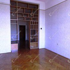 Eladó egy 53 m2-es, jó állapotú házban található 3 szobás lakás a 13. kerületben.  http://www.elado13keringatlan.hu/elado-53m2-es-lakas-ujlipotvarosban-budapest-xiii-ker-elado-tarsashazi-lakas-121933/  #13ker #eladólakás #ingatlan #budapest #budapestilakás #XIIIker #eladólakásbudapest #13kerlakások #XIIIkerlakások #eladóXIIIkerlakások
