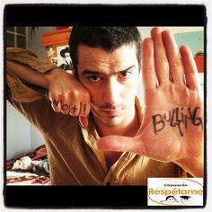 Iñigo Urrutia, apoyando la campaña No Más Bullying Bullying, Portrait, Words, People, Faces, Men Portrait, People Illustration, Horse, Portraits