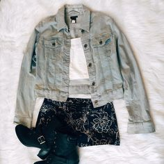 Jean Jacket Perfect with some black ripped shorts and a crop top  GAP Jackets & Coats Jean Jackets