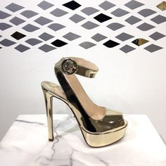 When they say go for the gold, this is what they're talking about. #prada #perfectpairs