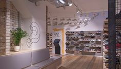 The Best London Retailers For Streewear and Sneakers