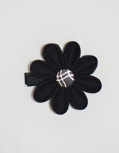Pince fleur rétro originale noire dorée
