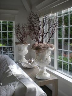 Chic Shabby and French Do It Yourself Decoration, Garden Urns, Ivy House, My New Room, Home Accents, Decorating Your Home, Floral Arrangements, Home Accessories, Sweet Home