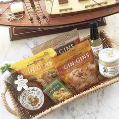 Happy Monday  Maanantaita  Tänään oli aamulla lunta maassa! Kun flunssakausi tekee tuloaan voi taiston flunssaa vastaan aloittaa makeasti. Gin-Gins -inkiväärikarkit ja kuuma kahvi tai tee ovat mainio pari. Ja inkiväärimehua ei parane unohtaa! prnäyte / #gingins saatu testaukseen Kiitos  @gingerpeoplesuomi #inkivääri #ginger #prnäyte #gingerpeoplesuomi #gingerpeople #inkivääriihmiset #inkiväärituotteet #gingerproducts #gingerparty #flunssaavastaan #lifestyleblogger #tuulaslife…