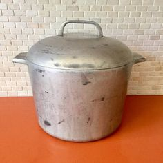 Wagner Ware Sidney Cast Iron Dutch Oven Vintage Wagner
