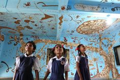 Artist Yusuke Asai Paints Another Sensational Mud Mural Called 'Sprouting Life in the Forest' in a Classroom in India | Inhabitots