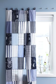 You don't always have to buy new curtains - simply create a patchwork curtain out of old materials and offcuts.