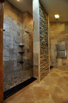 baos con muro en la ducha buscar con google