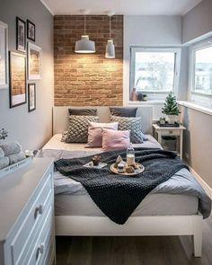 Habitación pequeña con pared de ladrillo a la vista Small Apartment Bedrooms, Small Room Bedroom, Room Ideas Bedroom, Small Rooms, Small Apartments, Home Decor Bedroom, Small Spaces, Bedroom Designs, Master Bedroom
