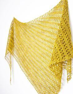 Ravelry: Herald shawl in The Uncommon Thread Uncommon Everyday - knitting pattern by Janina Kallio.