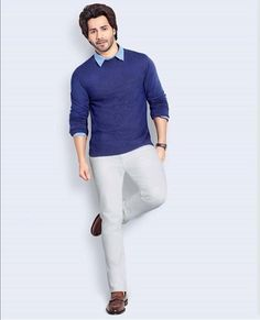 Bollywood Outfits, Varun Dhawan, Bollywood Celebrities, My Crush, White Jeans, Beautiful Pictures, Handsome, Mens Fashion, My Love