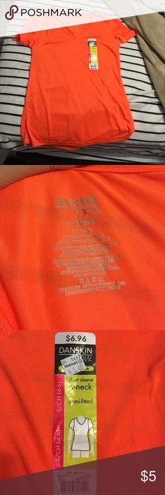 Skin tight workout shirt Never worn Danskin Tops Tees - Short Sleeve