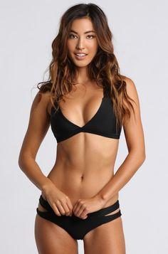 ISHINE365 | Bikinis