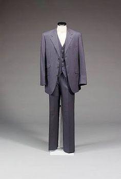 The Navy Birdseye Suit | The Suits of James Bond