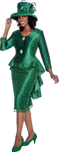 Find the size that fits you in your next GMI Suit.For a good fit, take your measurements. African Fashion Dresses, African Attire, African Wear, African Dress, Church Attire, Church Dresses, Women Church Suits, Suits For Women, Look Fashion